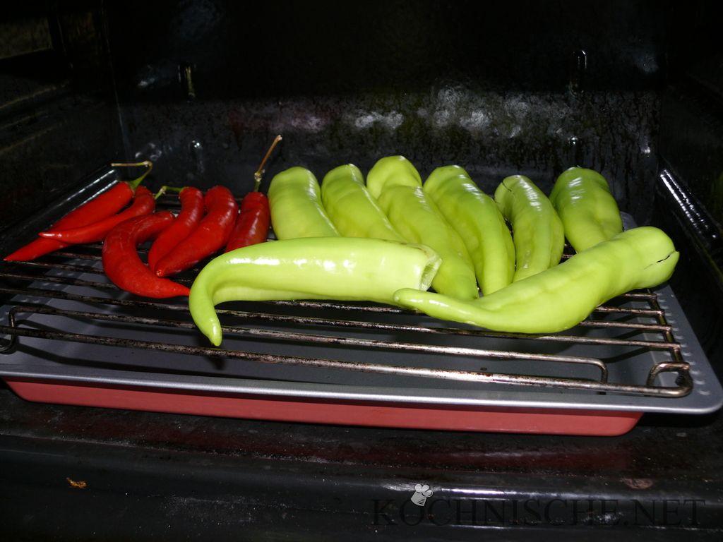 Gewürzpaprika & Chilli im Ofen
