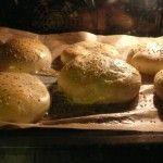 Hamburger-Brötchen im Ofen.