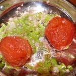 ... Tomaten zugeben ...